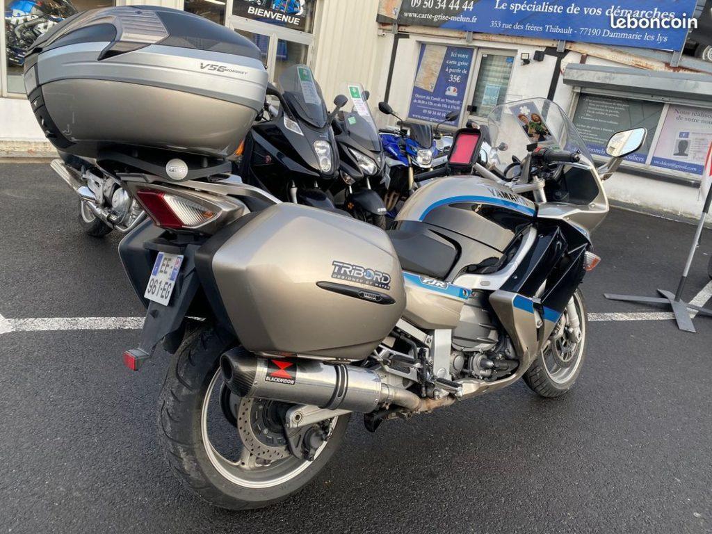 Yamaha 1300 FJR édition limitée Arriere Droit Valise Top Case Occasion SMB Dammarie les Lys Melun 77 Seine et Marne