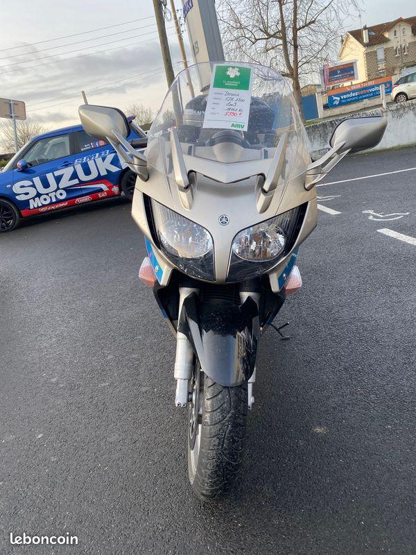 Yamaha 1300 FJR édition limitée Avant Phare Occasion SMB Dammarie les Lys Melun 77 Seine et Marne
